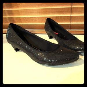 Unionbay black glitter heels